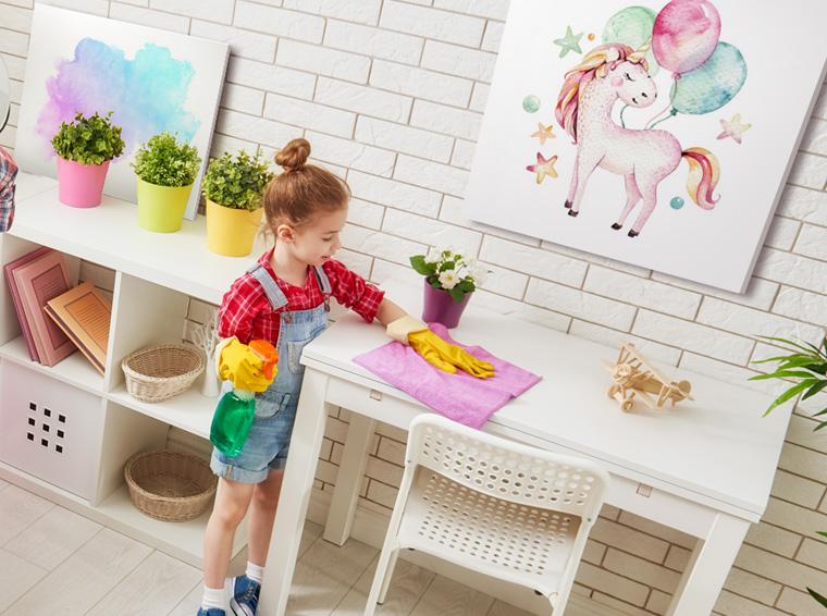 ¿Cómo educar a los niños a limpiar la casa?